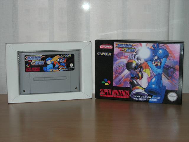 La collect de koga Megaman_&_Bass_Boite_1